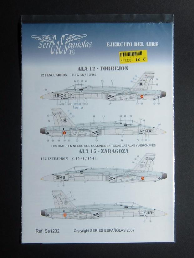 1232_F-18s